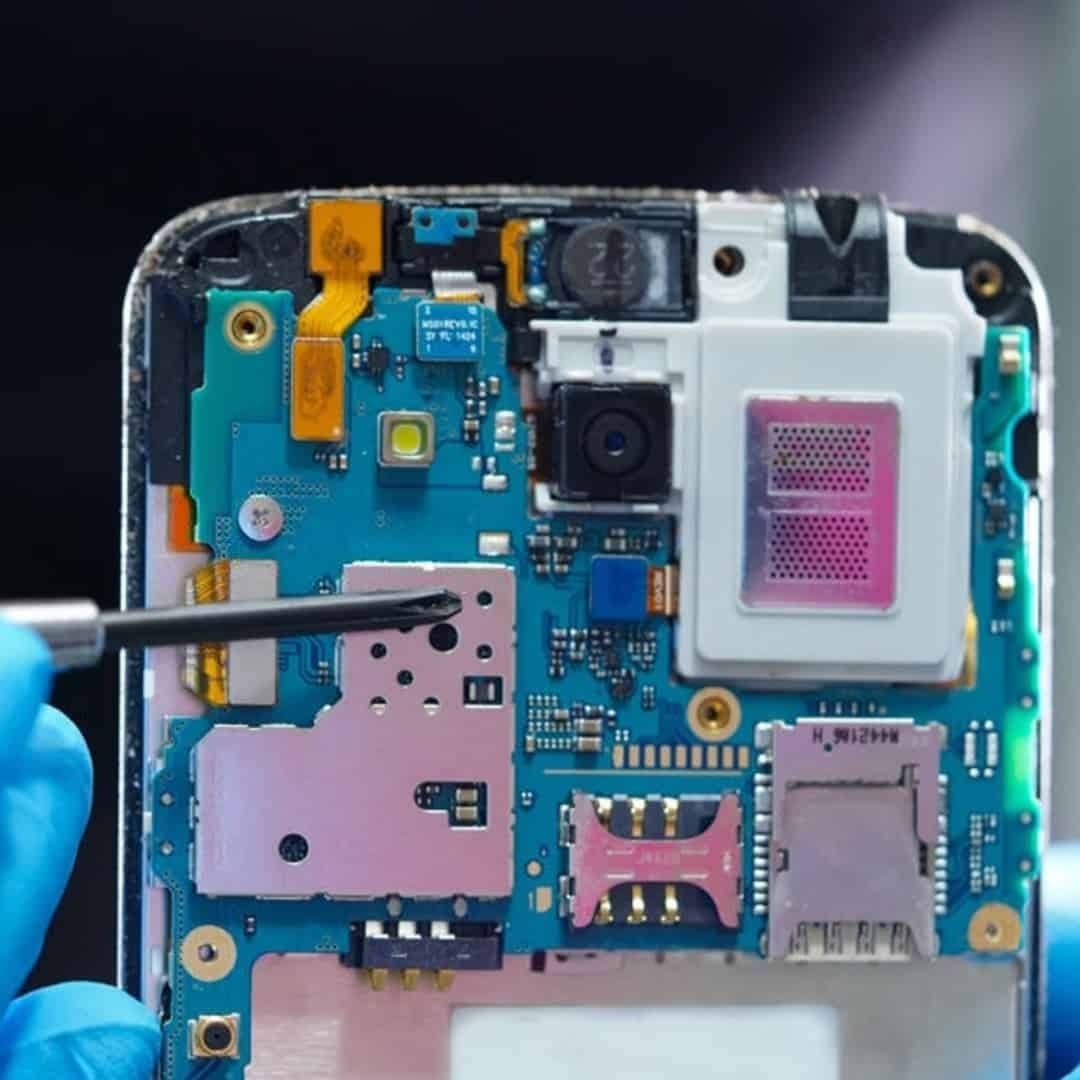 An image of open phone while repairing