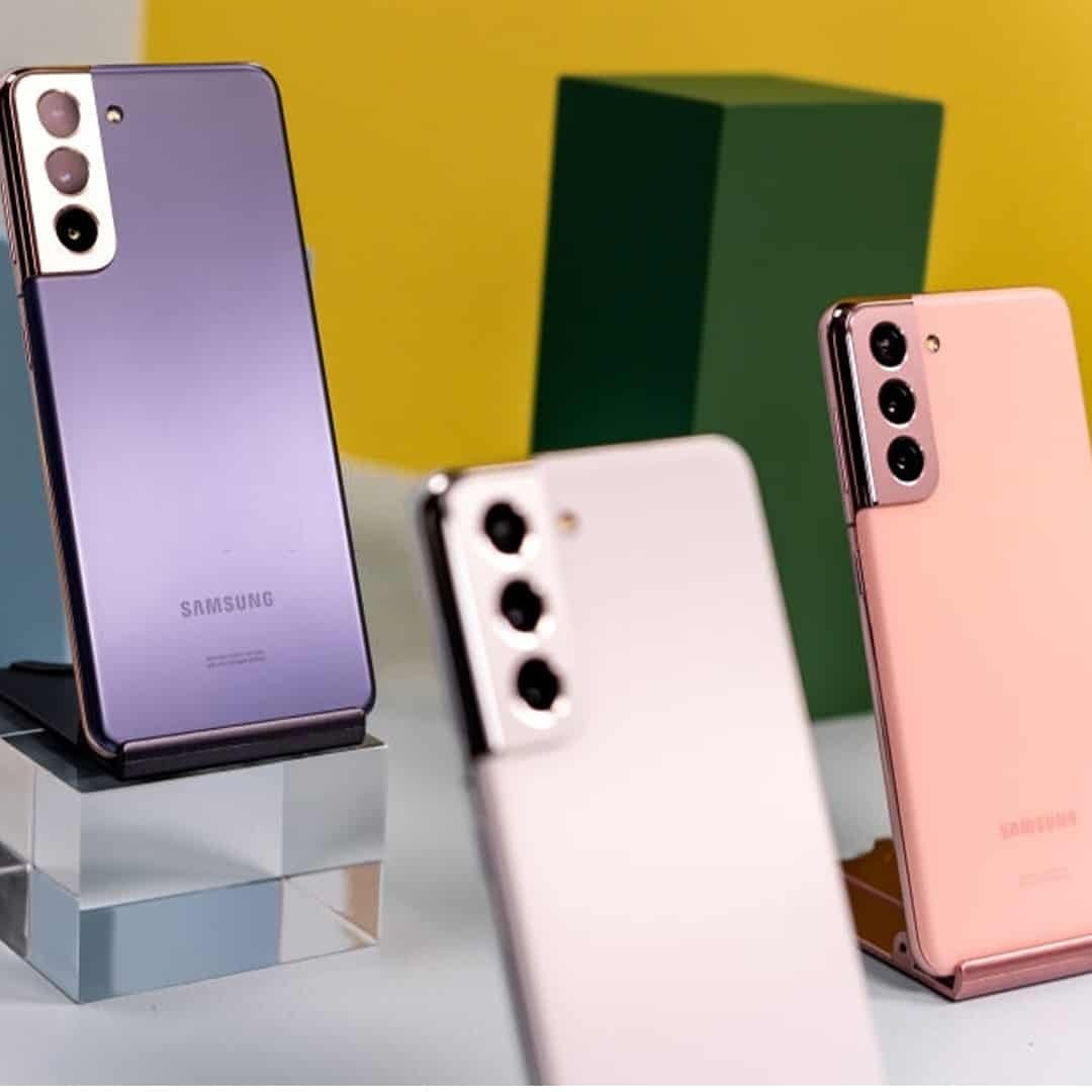 An image of Samsung S20 phones in purple, pink, and white colour.